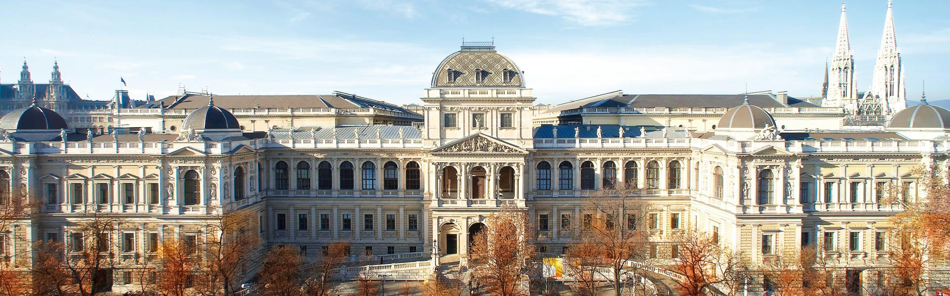 Universität Wien - Postgraduate Center cover