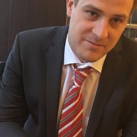 Christof Holzer